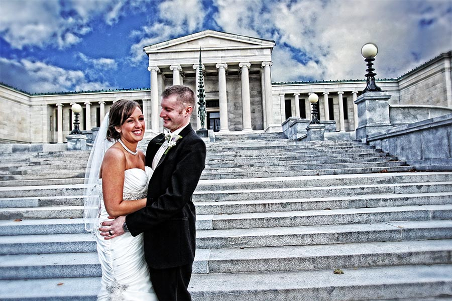 Wedding photo at Albright Knox, Albright Knox, Wedding photos in Erie County