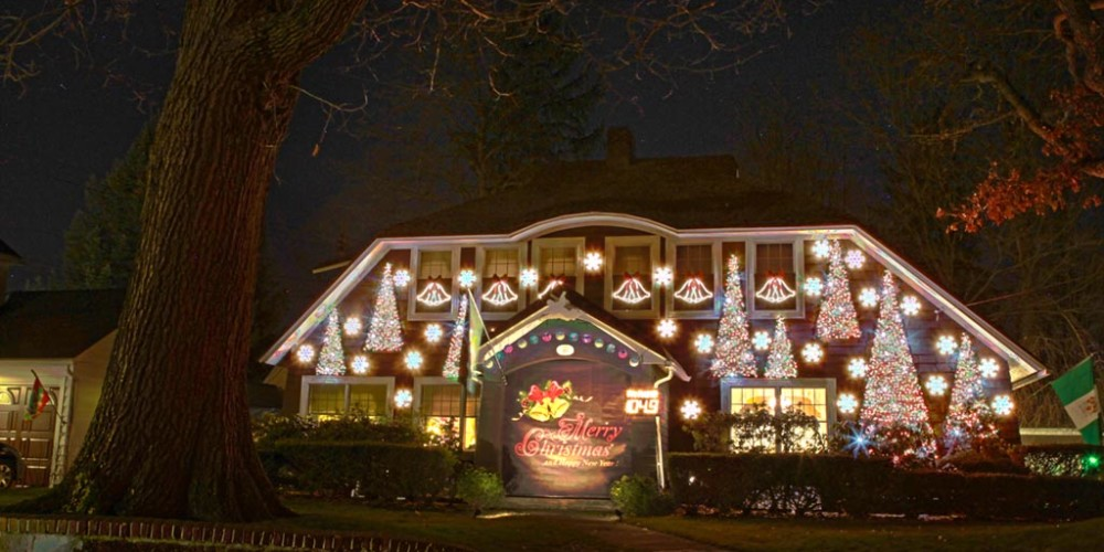 As I travel about the community I have taken note of some serious  dedication to the art of Christmas lighting. I have captured what I think  are some of the ... - Christmas Lights In Jamestown 2014 Western New York Photography